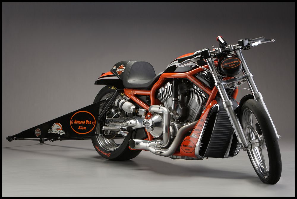 THE DESTROYER – HARLEY-DAVIDSON'S PRO-LEVEL PRODUCTION DRAG